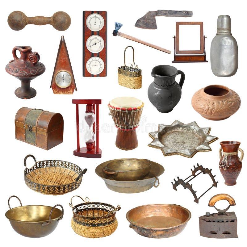 Coleção de objetos isolados resistidos velhos fotografia de stock royalty free