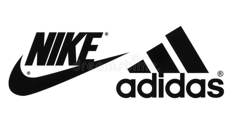 A coleção de popular fabrica logotipos das sapatas dos esportes