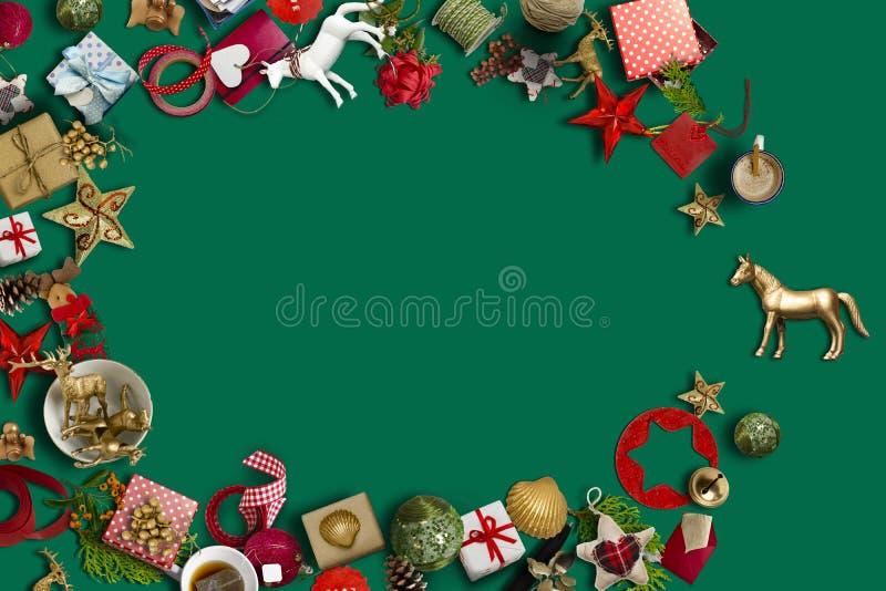 Coleção do Natal, presentes e ornamento decorativos photogr foto de stock royalty free