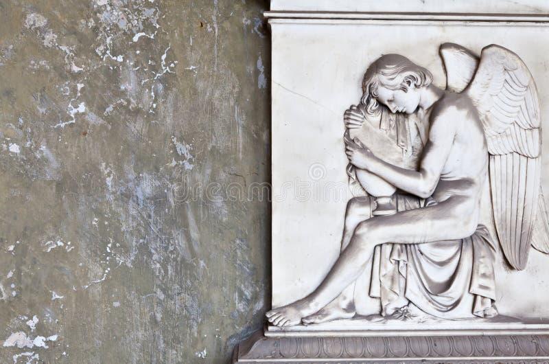 Download Arquiteturas Do Cemitério - Europa Foto de Stock - Imagem de antigo, expressão: 29827528