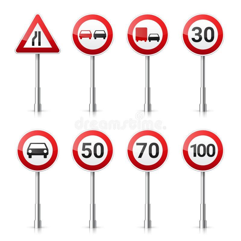 Coleção dos sinais de estrada no fundo branco Controle de tráfego rodoviário Uso da pista Parada e rendimento Sinais reguladores ilustração do vetor