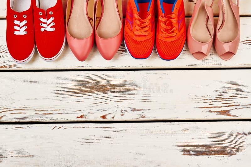 Colección de calzado del ` s de las mujeres fotografía de archivo libre de regalías
