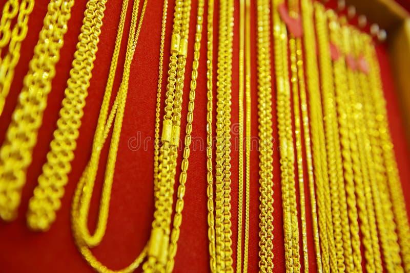 Colección de collar de oro imágenes de archivo libres de regalías