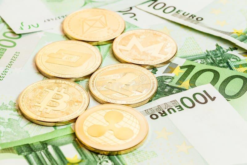 Colección de Cryptocurrency en cuentas euro imagenes de archivo
