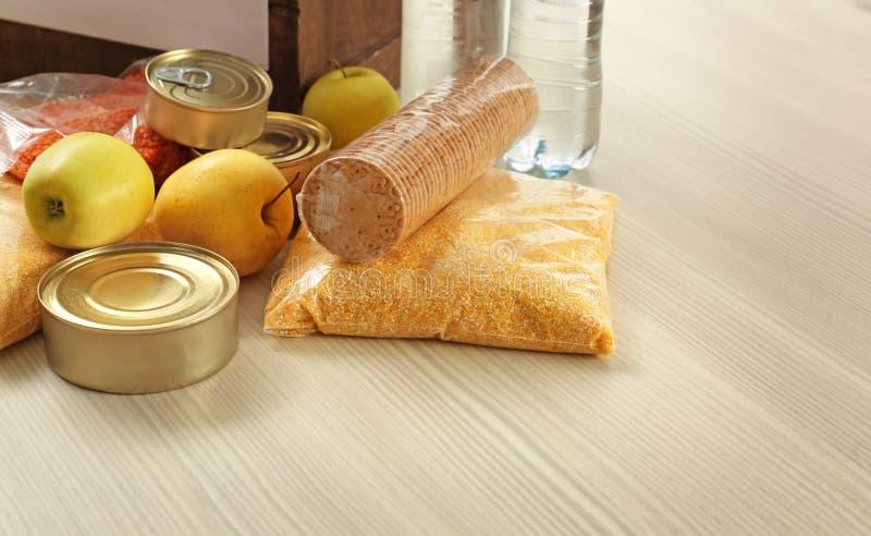 Colección de diversas donaciones de la comida imagen de archivo