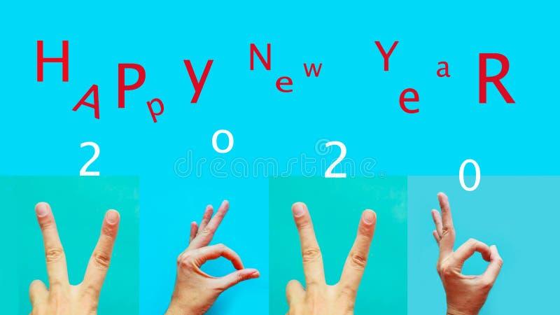 colección de manos femeninas que gesten los dígitos del nuevo año 2020 en lenguaje de signos sobre fondo azul y el texto - Feliz  imágenes de archivo libres de regalías