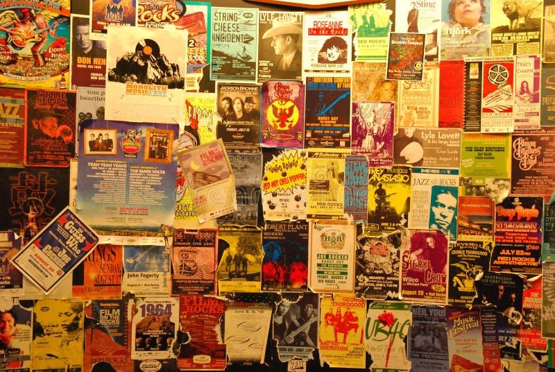Colección histórica de Playbills en las rocas rojas imágenes de archivo libres de regalías