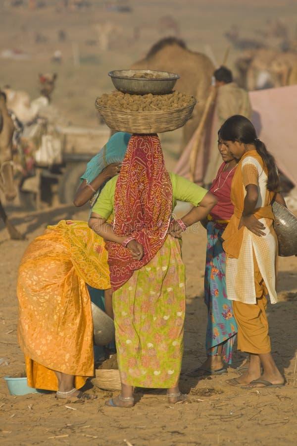 Colectores del estiércol de Pushkar foto de archivo libre de regalías