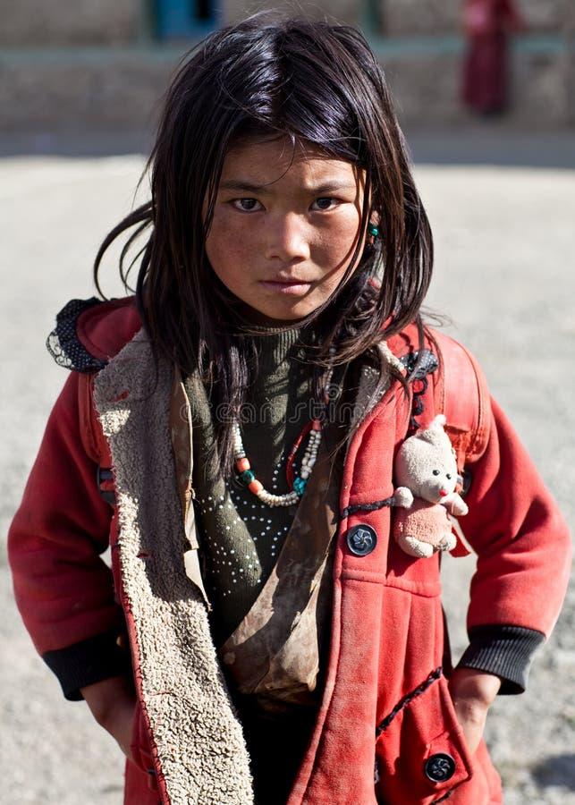 Colegiala tibetana en Dolpo, Nepal fotografía de archivo libre de regalías
