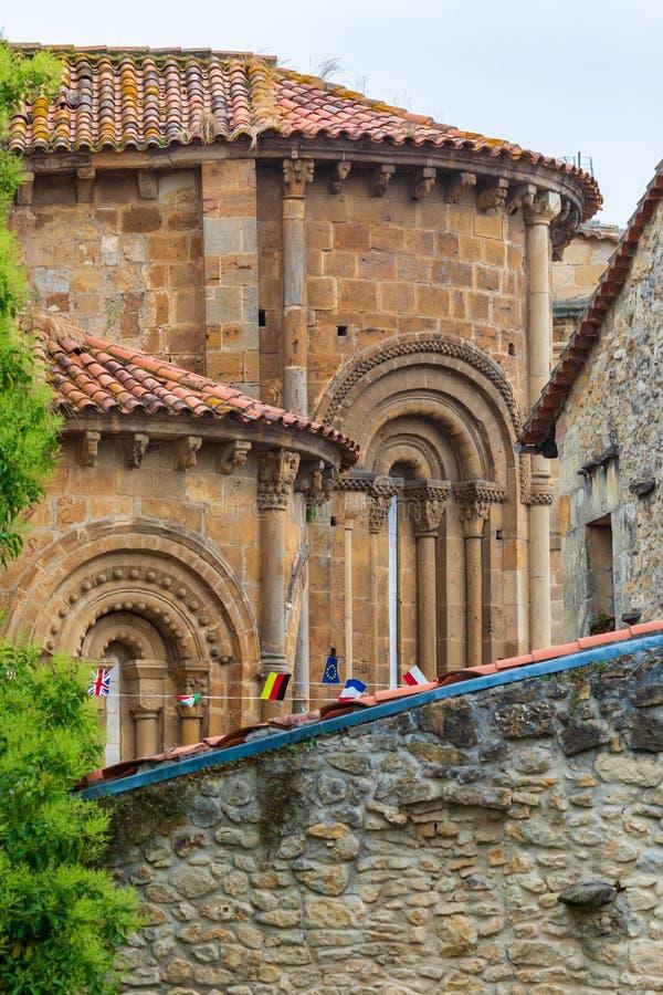 Colegiata Santillana Del Mar Cant?bria - Espanha imagem de stock royalty free