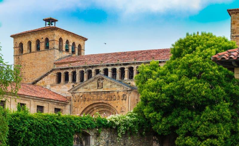 Colegiata Santillana del Mar Cantabrië - Spanje stock foto