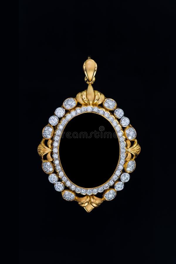 Colgante Del Marco Del Medallón Del Oro Con El Diamante Imagen de ...
