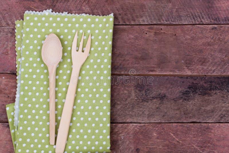 Colher e forquilha de madeira fotografia de stock