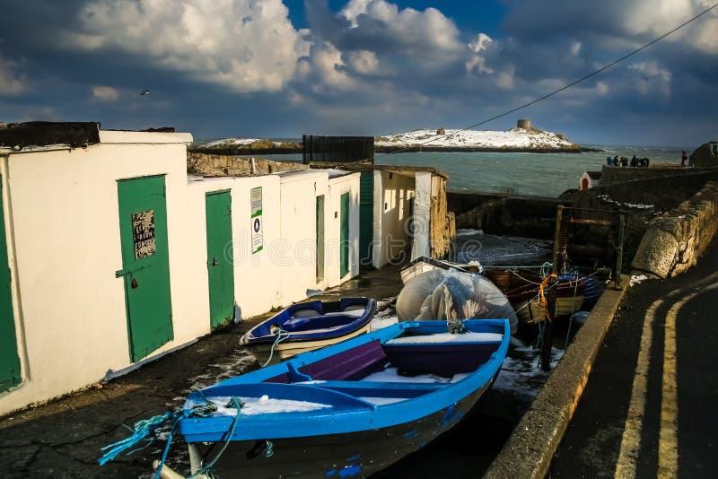 Coliemore hamn och Dalkey ö dublin ireland arkivbilder
