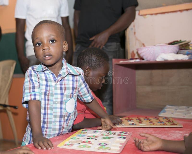 ?coliers de base du Ghana, Afrique de l'ouest image stock