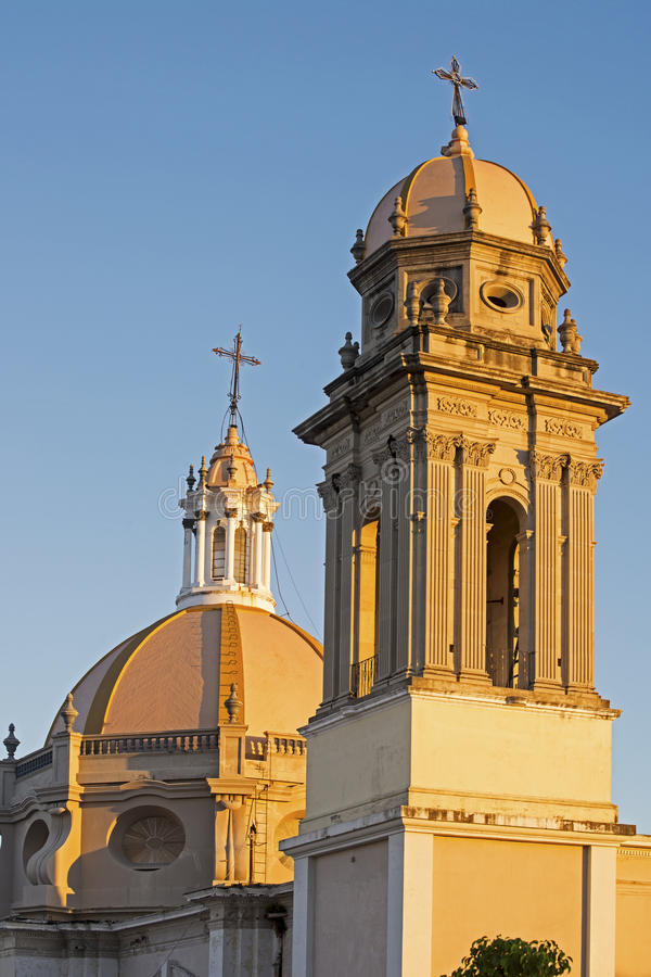 Free Colima Cathedral With Tower And Dome Royalty Free Stock Images - 52565169