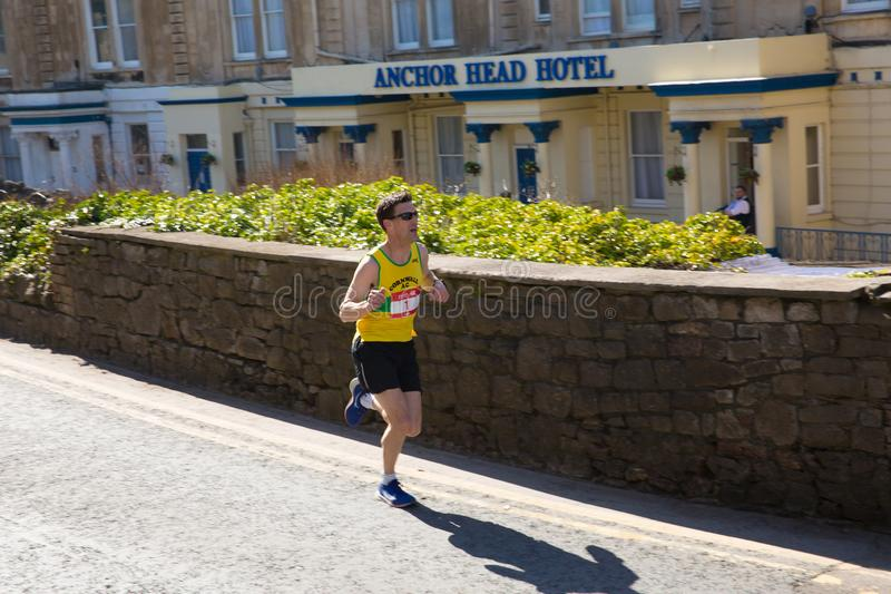 Colin Snook Cornwall AC-vinnare av Weston Super den halva maratonWeston-toppen-stoen Somerset på den söndag 24th mars 2019 arkivfoton