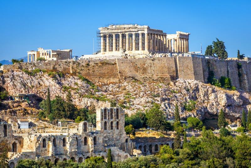 Colina de la acr?polis con el templo del Parthenon, Atenas, Grecia imagen de archivo libre de regalías