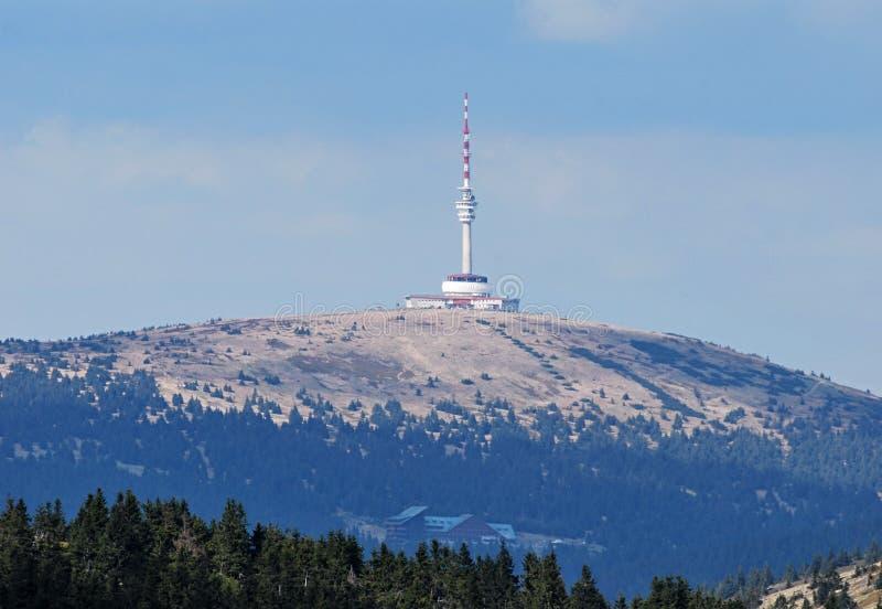 Colina de Praded de la colina de Pecny en las montañas de Jeseniky fotos de archivo libres de regalías