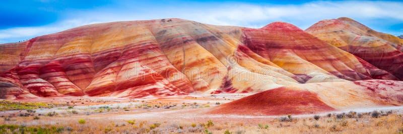 Colinas coloridas de la arcilla en las colinas pintadas de Oregon foto de archivo libre de regalías