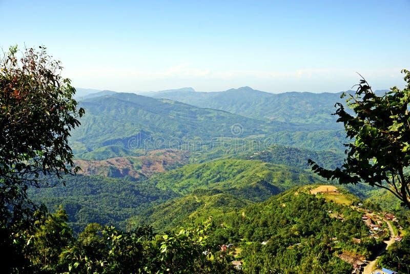 Colinas enormes de Nagaland, área tribal, la India de nordeste foto de archivo