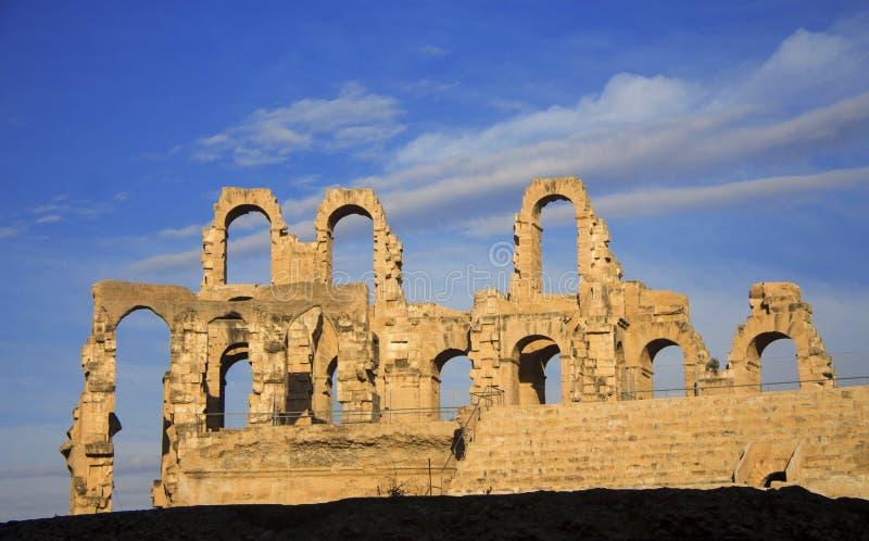 Coliseum av El Jem Tunisia forntida amfiteater royaltyfria foton