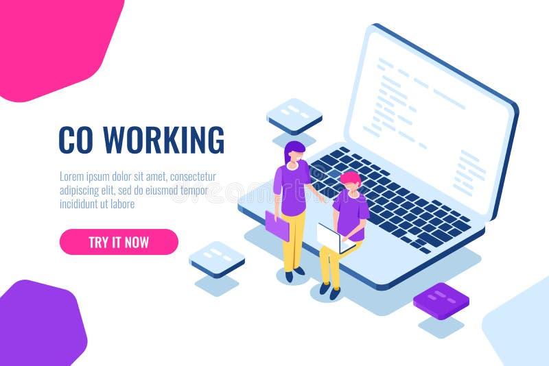 Collaborazione isometrica, spazio coworking, sviluppatore del programmatore dei giovani, computer portatile con il fumetto di cod illustrazione vettoriale