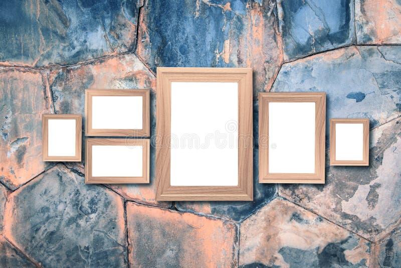 Collage de bastidores de madera marrones en blanco, mofa interior de la decoración para arriba encendido imágenes de archivo libres de regalías