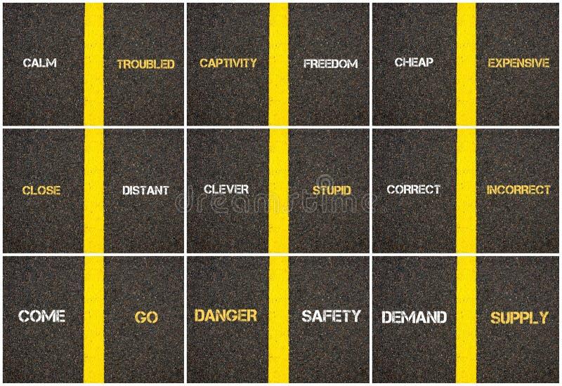 Collage de photo des concepts d'antonyme écrits au-dessus du macadam illustration libre de droits