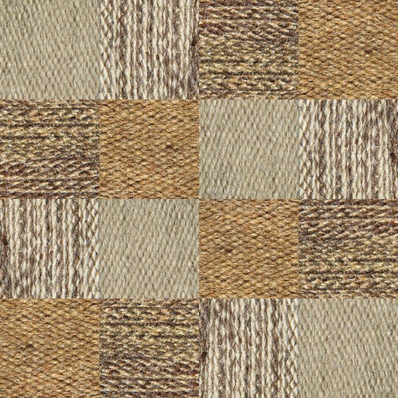 Collage del modello di struttura del tessuto della lana del cammello in un ordine della scacchiera immagine stock