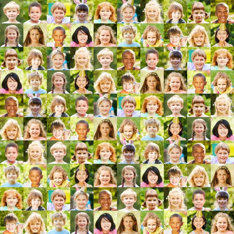 Collage del ritratto dei bambini come concetto della società fotografie stock