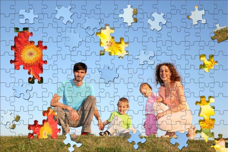 Collage del rompecabezas de la familia de cuatro miembros fotografía de archivo