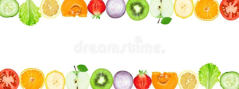 Collage delle fette miste di verdura e della frutta fotografie stock libere da diritti