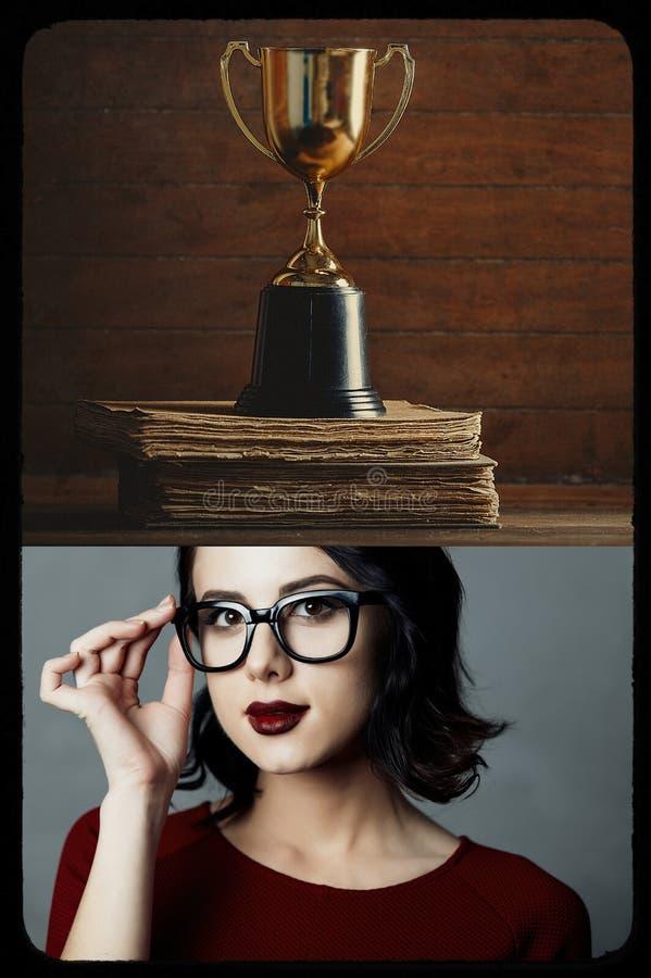 Collage des Mädchens mit Büchern und Schale stockfoto