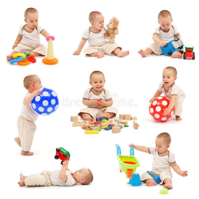 Collage eines Spielens des kleinen Jungen stockbild