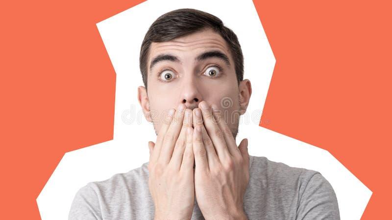 Collage för popkonst, stående av en förvånad man med att svälla ut ögon och stängda munhänder royaltyfria bilder