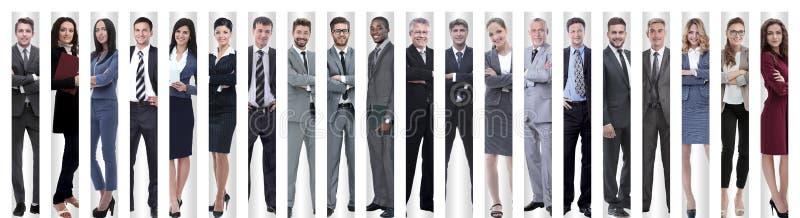 Collage panor?mico de los grupos de empleados acertados imagenes de archivo