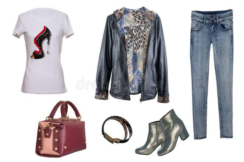 Collagekvinnakläder Uppsättning av stilfulla och moderiktiga kvinnor omslag, blus eller skjorta, jeans, skor och tillbehör som is arkivfoto