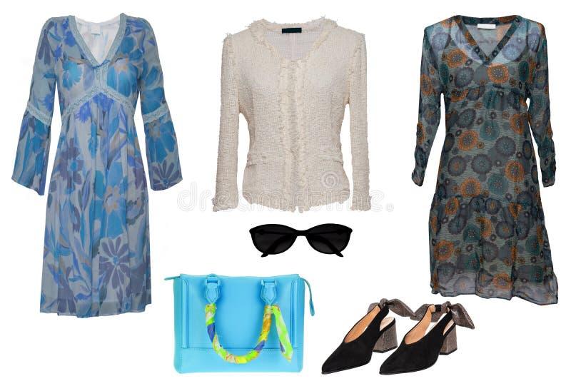 Collagenfrauenkleidung Stellen Sie von den stilvollen und luxuriösen modischen Frauenkleidern, Bluse, Schuhe ein Blaue Handtasche lizenzfreies stockfoto