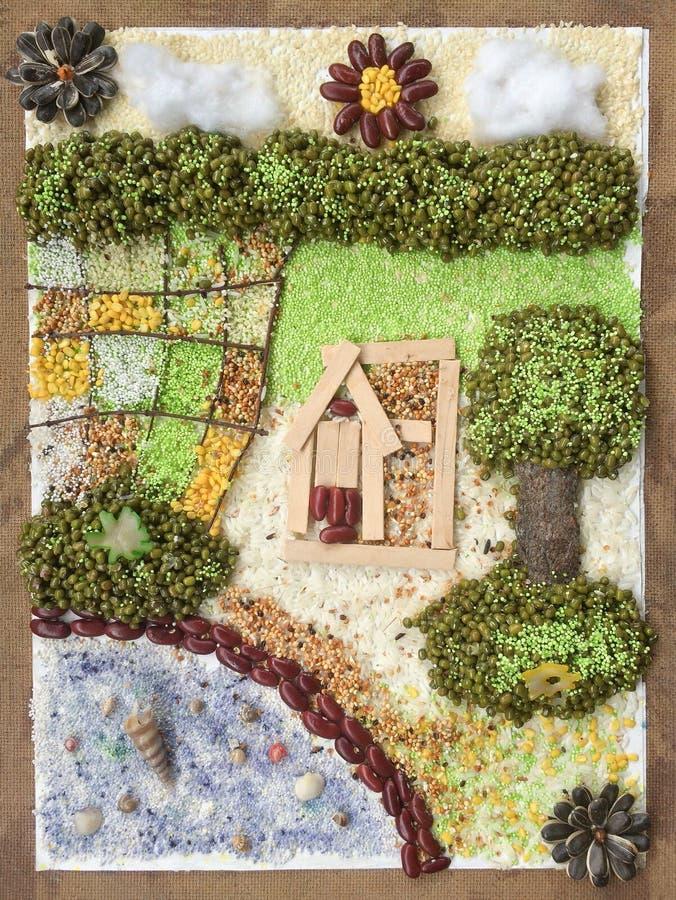 Collagenkunstbauernhaus mit reicher Umweltressource Kreatives materielles Handwerk der Idee von Natur aus stockbild