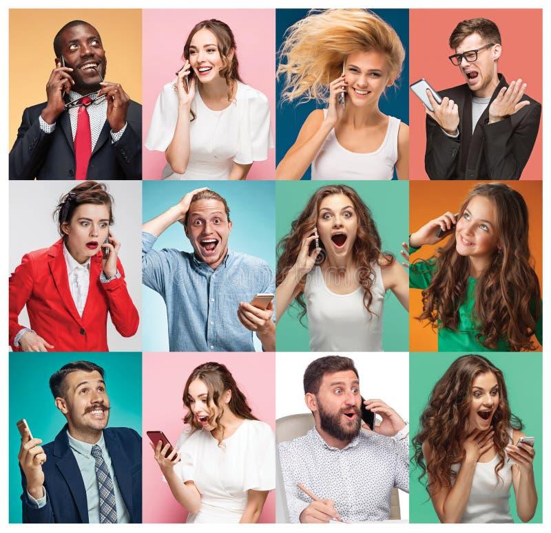 Collaget av unga män och kvinnor med mobiltelefoner arkivbilder