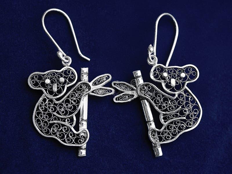 Collana d'argento d'annata dei gioielli, koala di modello immagini stock