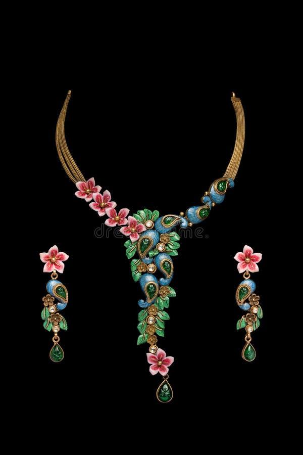 Collana di diamante con gli orecchini fotografia stock