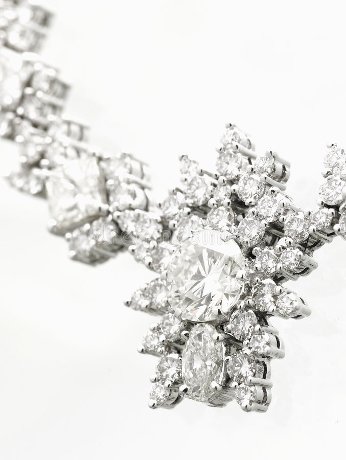 Collar de diamante imágenes de archivo libres de regalías