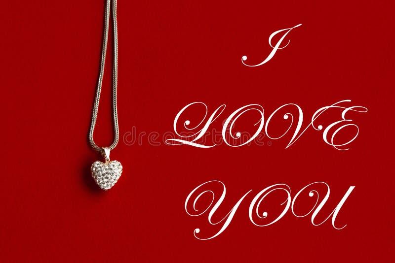 Collar de lujo del corazón, te quiero texto, concepto de la tarjeta de felicitación imágenes de archivo libres de regalías
