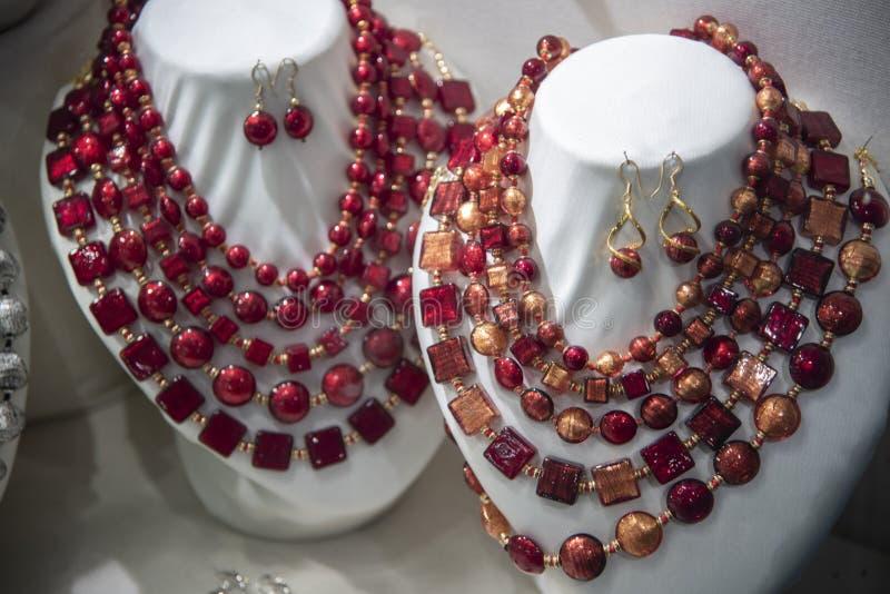 Collares venecianos de piedra dura roja foto de archivo libre de regalías