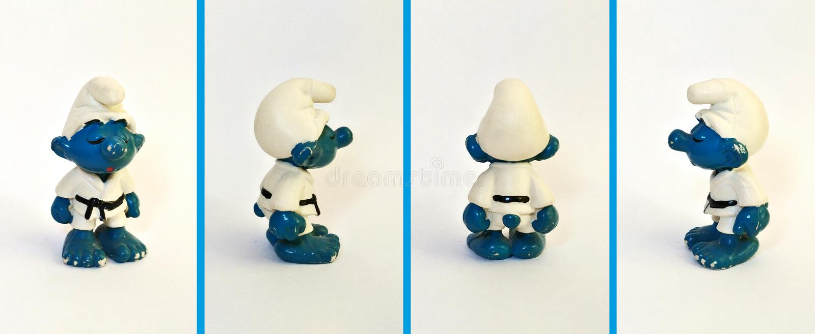 Collectible leksaker: Karate Smurf! royaltyfria bilder