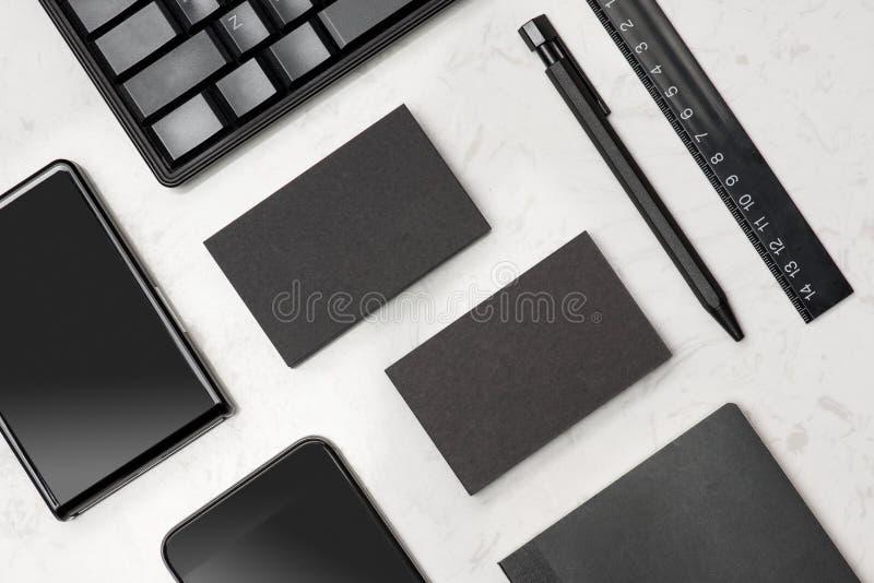 Collectief kantoorbehoeften brandmerkend model met adreskaartjespatie royalty-vrije stock foto's