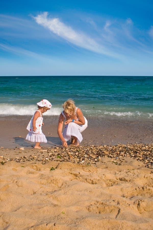 Free Collecting Seashells Royalty Free Stock Image - 3327156
