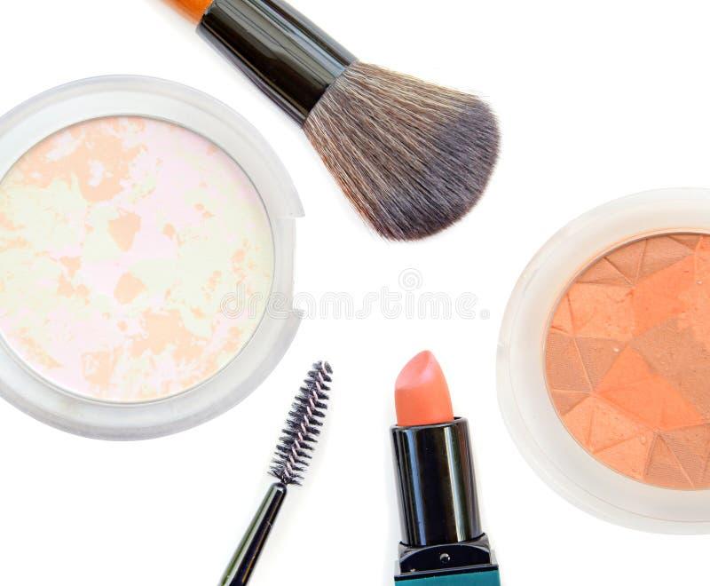 Download Collection De Maquillage Et Isolat Professionnels D'outils Sur Le Blanc Photo stock - Image du poudre, base: 87707576